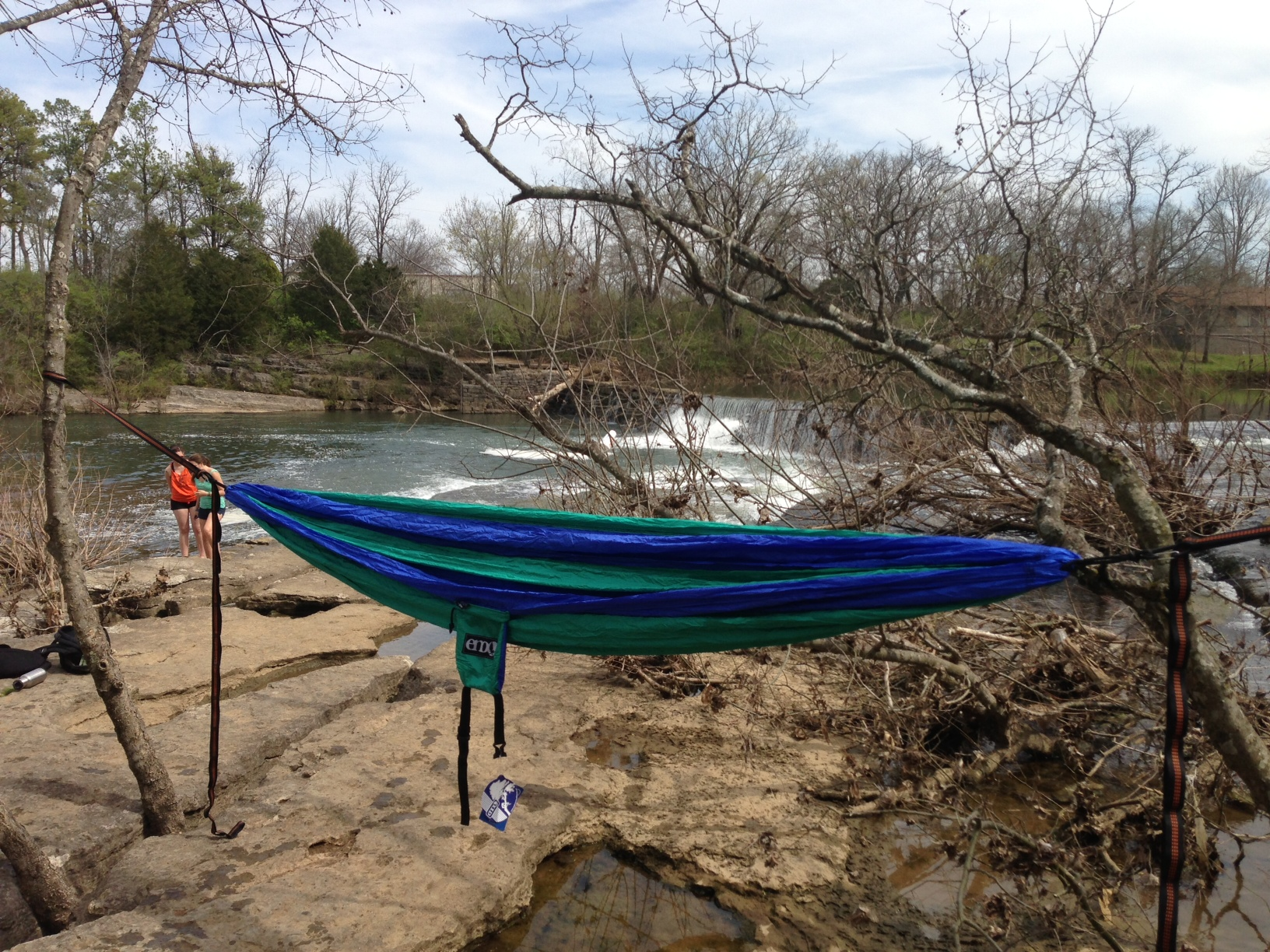 how to get in an eno hammock